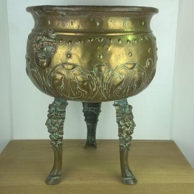 Jugendstile - Art nouveau koperen plantenpot