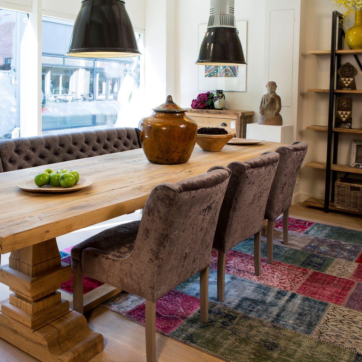 Interieur - kloostertafel - oud eiken