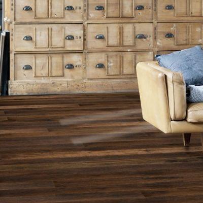 St. Helens Solid Floor