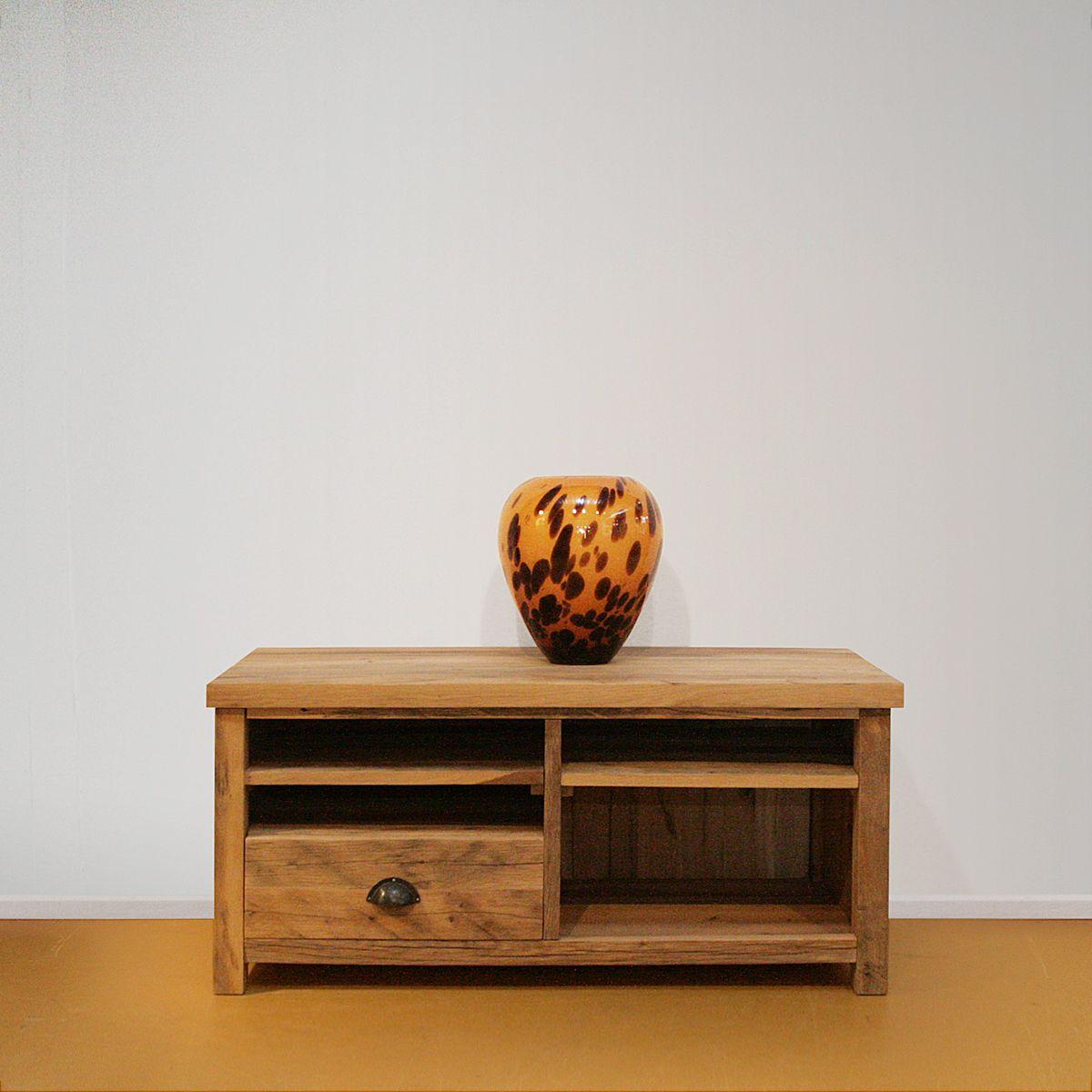 Oud eikenhouten TV dressoir compact
