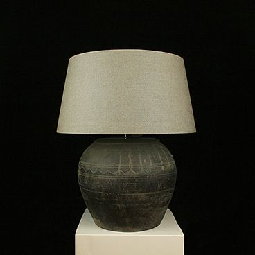Tafellamp Chinese kruik met taupe kap
